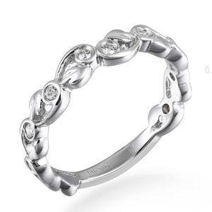 Solid 14K White Gold Floral Wedding Band